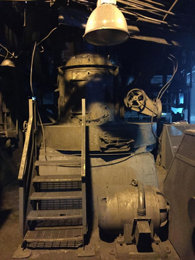 Model 5057 High Side Raymond Roller Mill | Machinery & Equipment Co.