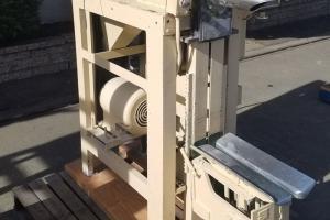 Stoker Model DX Carbon Steel Bag Filler/Packer | Machinery & Equipment Co.